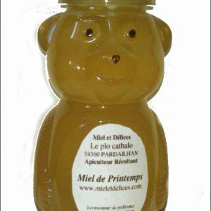 Miel et Délices propose à la vente un distributeur de miel pour les enfants, idéal pour les crèpes